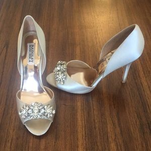"Gorgeous Badgley Mischka Bridal 3.5"" heels."